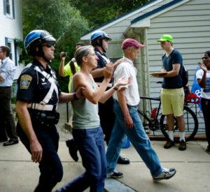 Eviction arrestsCity Life/Vida Urbana